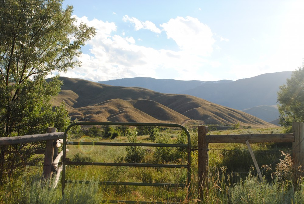 10 acre mountain property clark wyoming home for sale for Lambs canyon cabins for sale